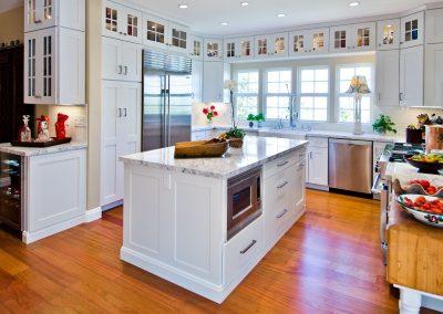 Craftsman White Kitchen
