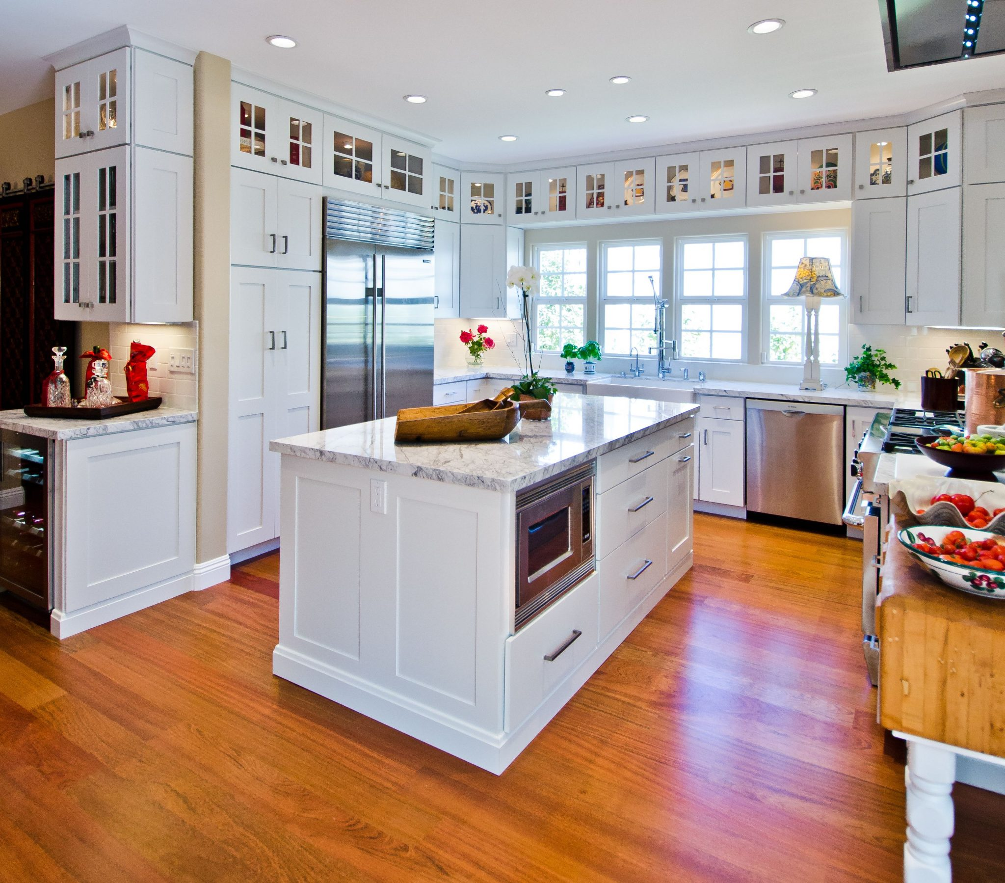 Kaminskiy White Craftsman Kitchen