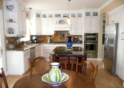 White Traditional Country Kitchen