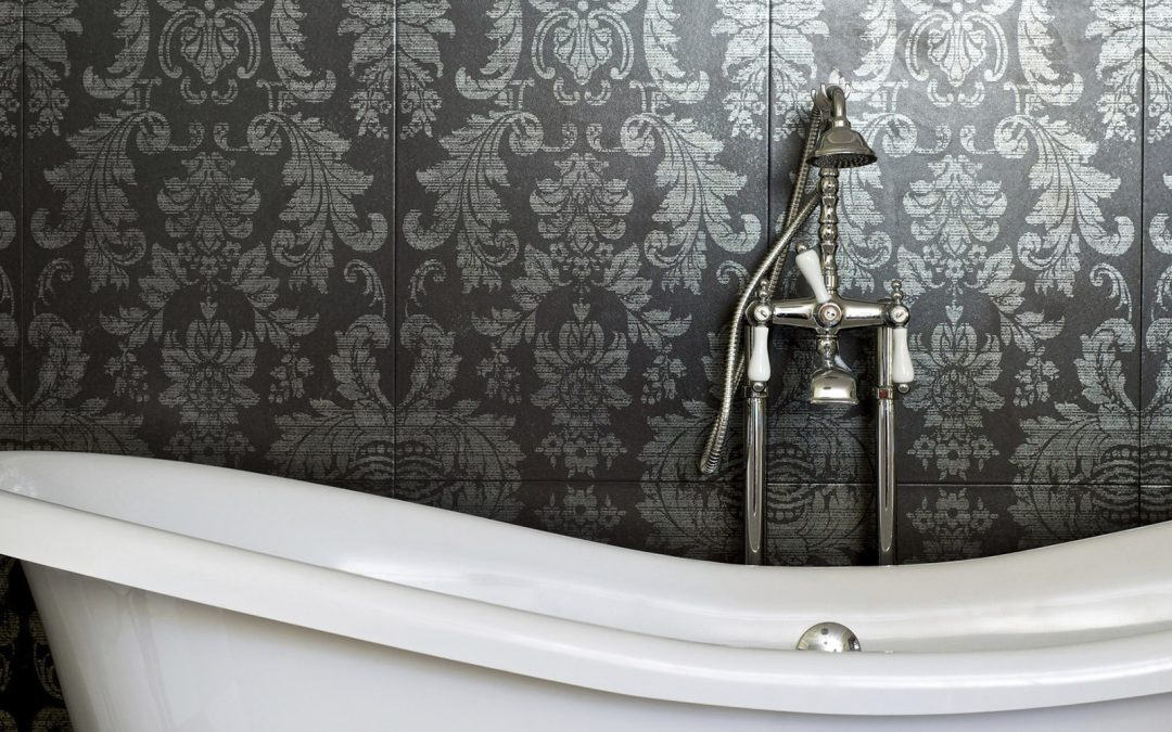 5 Reasons Why You Should Wallpaper Your Bathroom